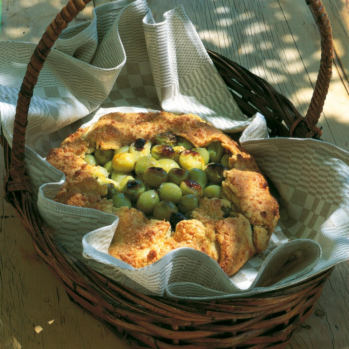 Summer a very easy one crust gooseberry pie