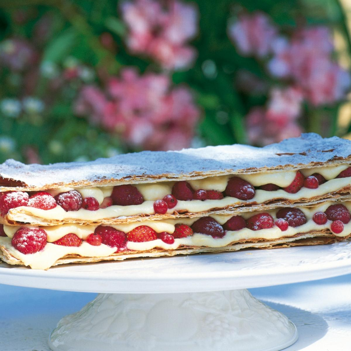 Summer summer fruit millefeuille