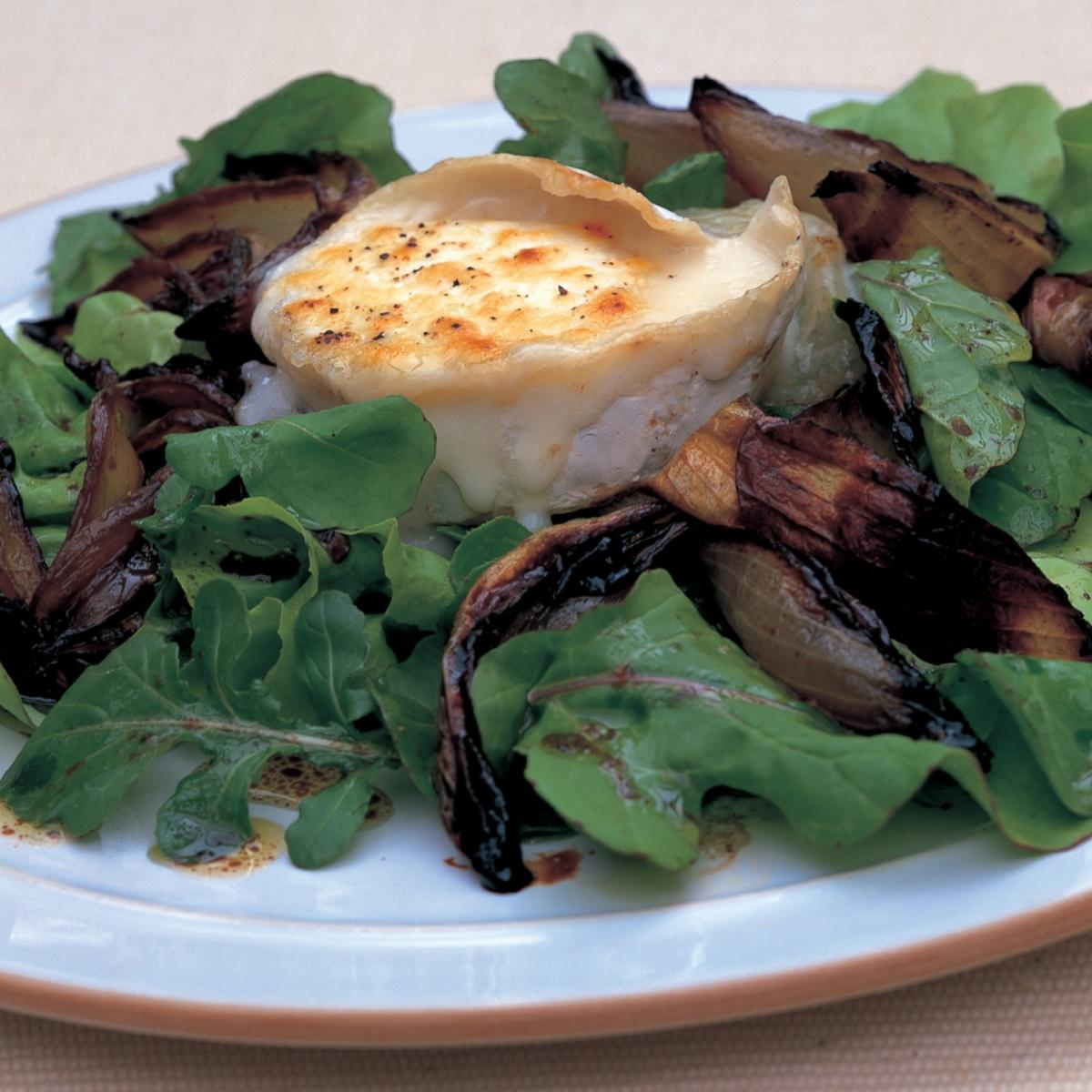 Vegetarian toasted goars cheese with blackened sherry vinegar onions