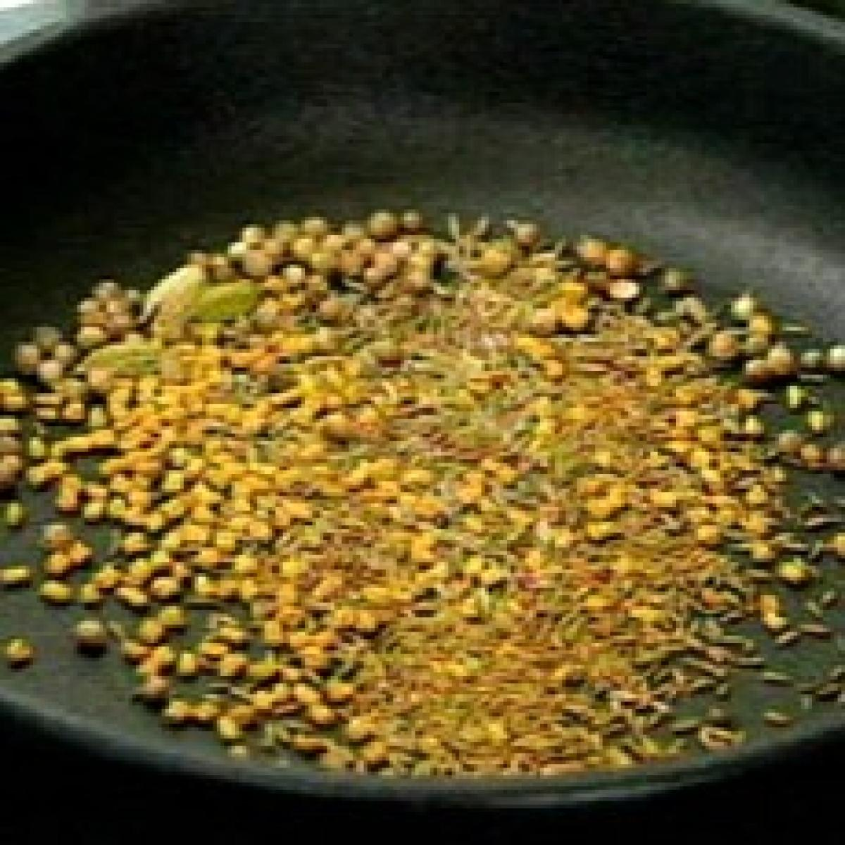 Roast spices 02 19258