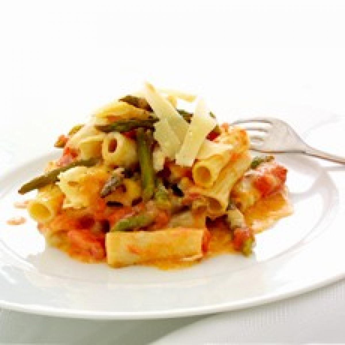 A picture of Delia's Rigatoni and Asparagus au Gratin recipe