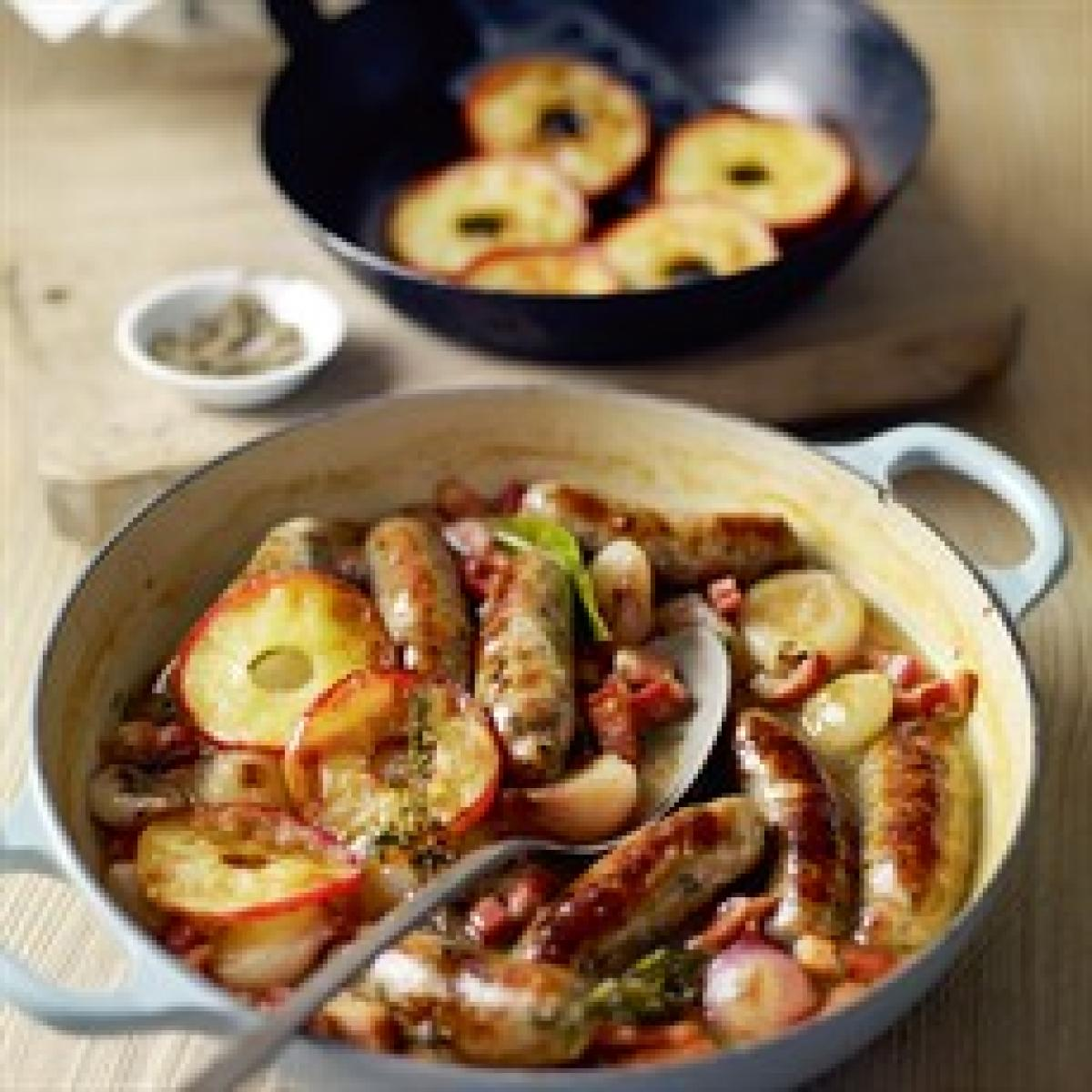 A picture of Delia's Bangers Braised in Cider recipe